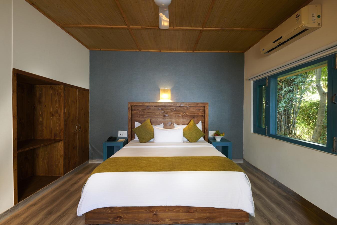 luxury resorts in jim corbett